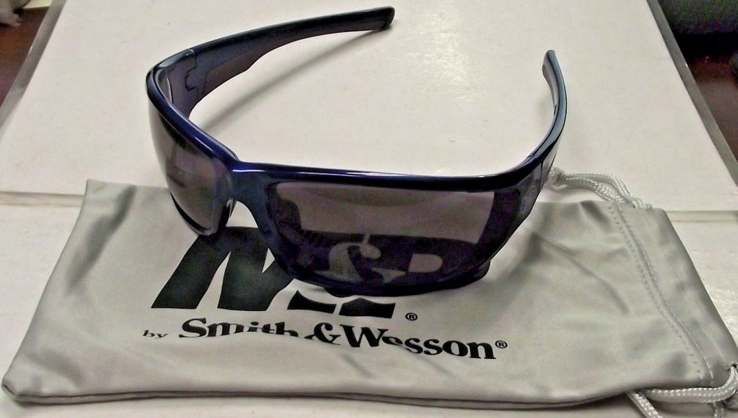 Smith & Wesson SW101-20-ID Performance Shooting Glasses Blue Frame Smoke Lens
