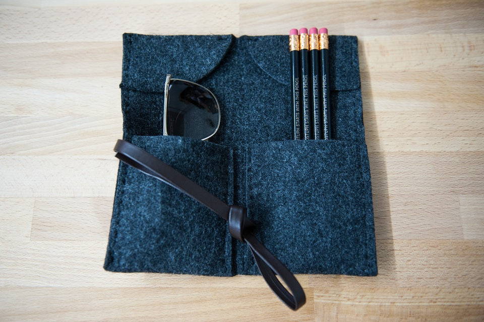 Black Felt Folding Carrier