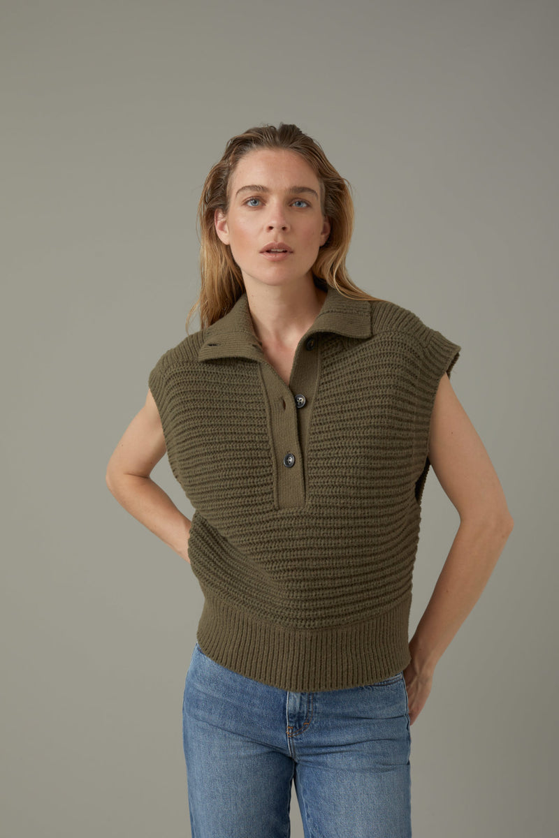 The front view of the Closed sweater vest in the color lentil.