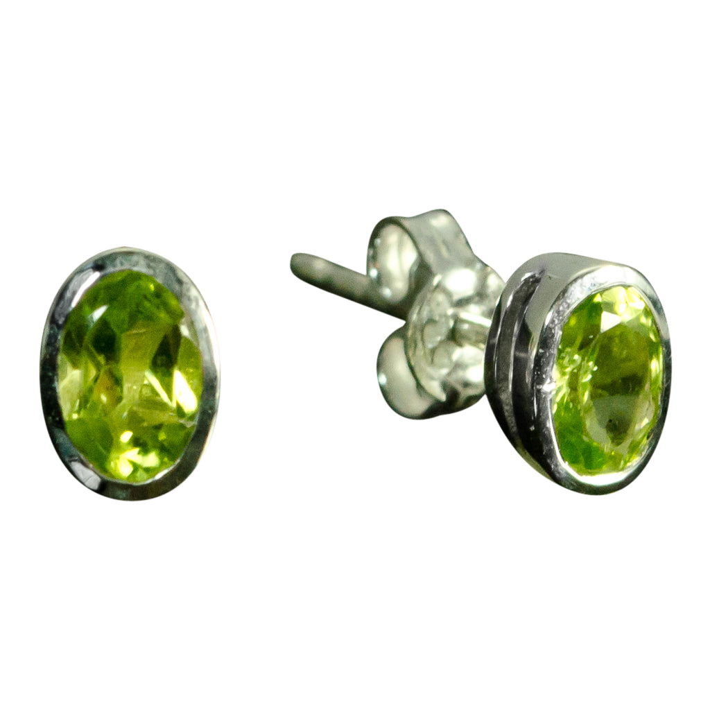 Green Peridot Stud Post Oval Sterling Silver Cute SImple