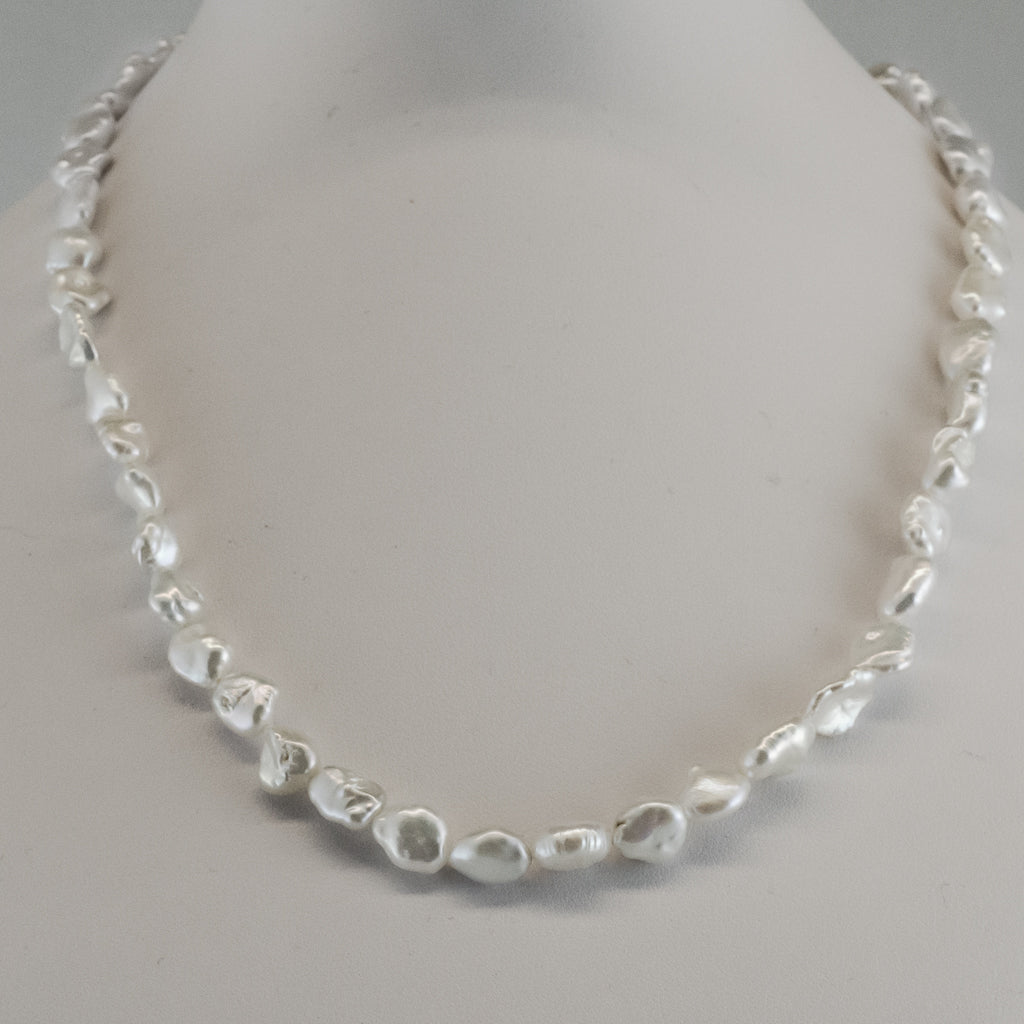 Natural Pearl Strand Necklace Elegant White