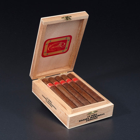 DM Red Label Corona - Cabinet of 10