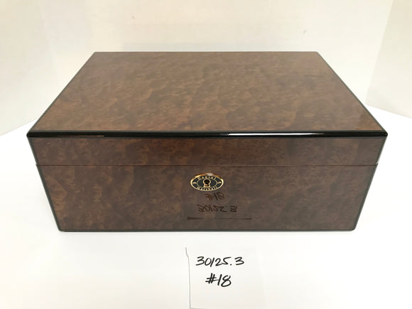 FACTORY FLOOR SALE ITEM #18 BURL 125 PRIVATE STOCK HUMIDOR
