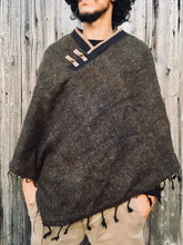 Load image into Gallery viewer, Yak Wool Poncho