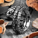 bague en forme de serpent
