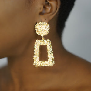 Load image into Gallery viewer, SEBA Gold Textured Drop Earnings