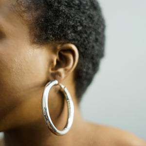 NAKIA medium thick hoops