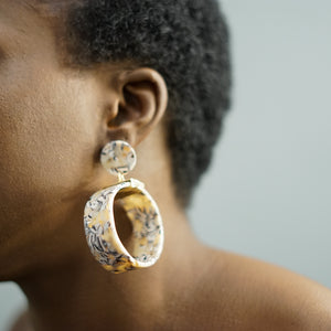 Load image into Gallery viewer, SHEENA marble ring drop earrings