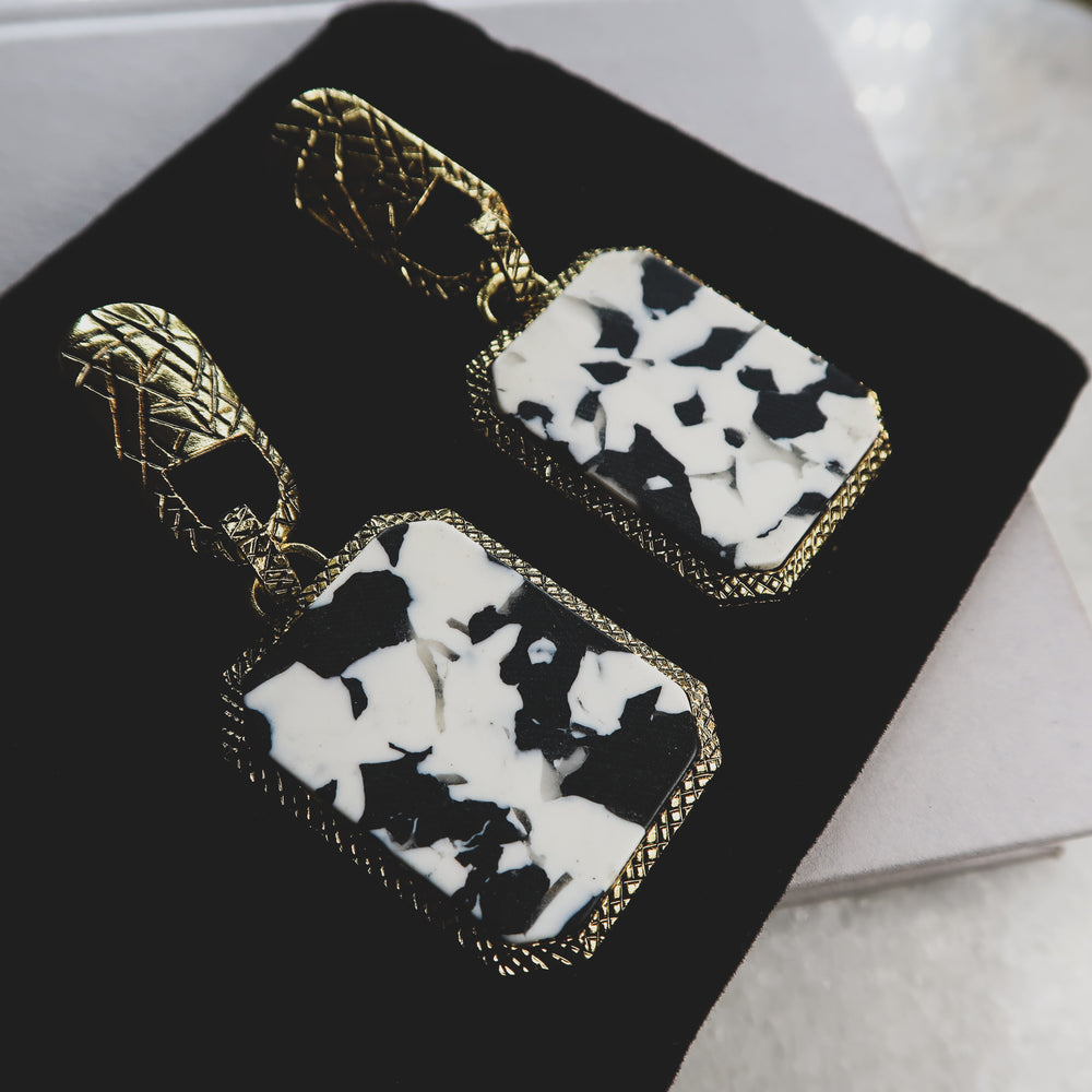 Load image into Gallery viewer, ZULA marble statement earrings