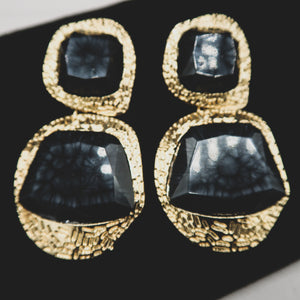 Load image into Gallery viewer, FOLA acrylic crystal vintage earrings