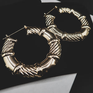 WINNIE textured thick gold hoops