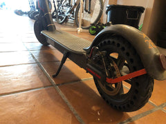 Electric scooter with solid tires