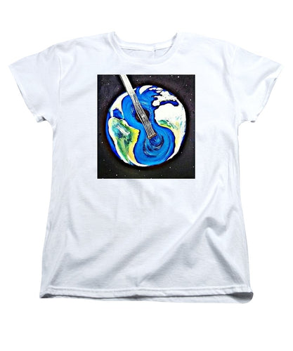 Music Makes the World Go 'Round - Women's T-Shirt (Standard Fit)