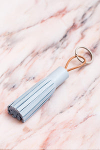 COPPIUS LEATHER KEY CHAIN TASSLE PALE BLUE
