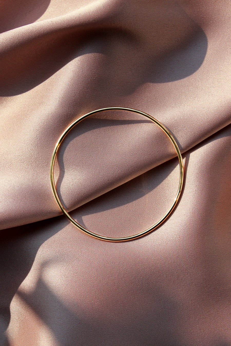 SASKIA DIEZ Gold Bold Wire Bangle