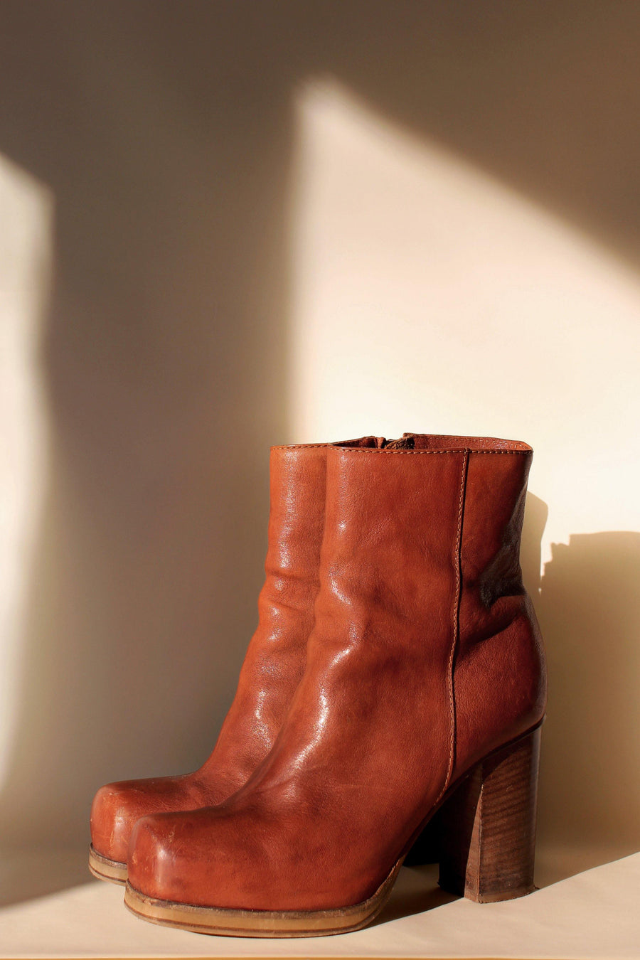 ACNE STUDIOS Rider Boots - The Good Store Berlin