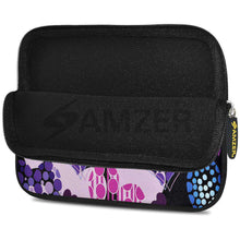 Load image into Gallery viewer, AMZER 7.75 Inch Neoprene Zipper Sleeve Pouch Tablet Bag - Pattern Heart - fommystore