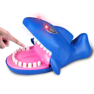 Cartoon Creative Bite Hand Novelty Toys, Shark Shape With Light and Sound Effects