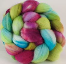 Hand dyed top for spinning - Luna Moth - Organic Polwarth - Inglenook Fibers
