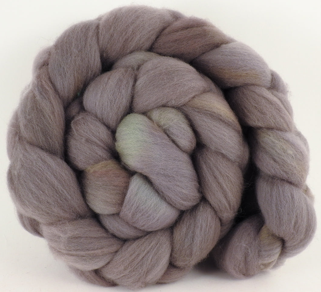 Hand dyed top for spinning -Dove- (5.4 oz.) Organic Polwarth - Inglenook Fibers