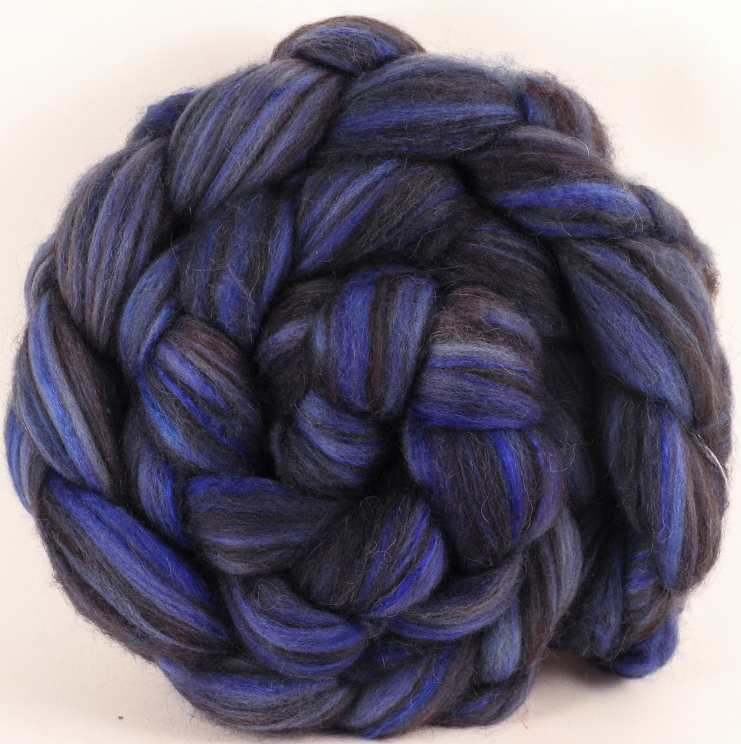 Hand dyed top for spinning - Hydrangea (5 oz) - 18.5 mic merino/ camel/ brown alpaca/ mulberry silk/ (40/20/20/20) - Inglenook Fibers