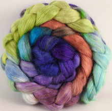 Hand-dyed wensleydale/ mulberry silk roving (65/35) - Sea Blooms - (5.2 oz.) - Inglenook Fibers