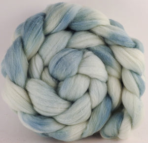 Hand dyed top for spinning - Light Indigo -(5.1 oz) Targhee/silk/ bamboo ( 80/10/10) - Inglenook Fibers