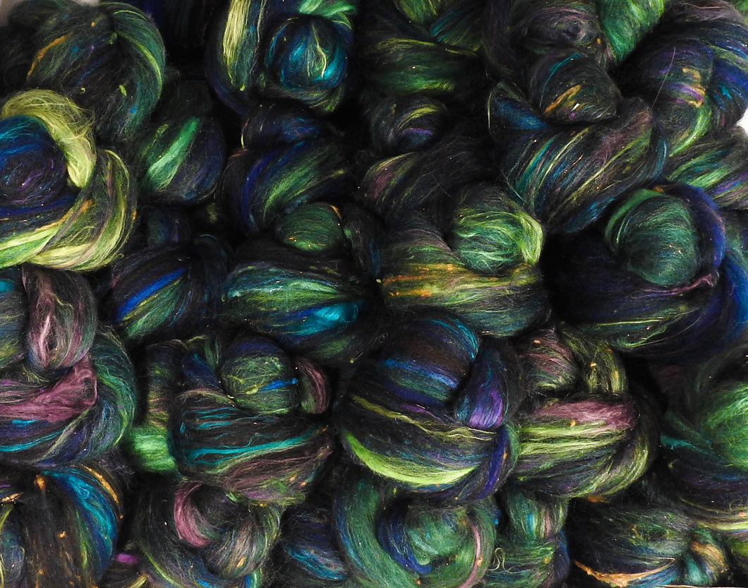 Will o' the Wisp - Sticklebatts - 30% Natural Black Bond fleece, merino, bfl, rambouillet, alpaca, silk, bamboo, silk noil, (angelina in the sparkle) - Inglenook Fibers
