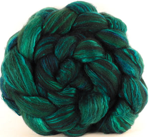 Batt in a Braid #7 -Malachite (5.7 oz) - Polwarth/ Manx / Mulberry silk/ Firestar (30/30/30/10) - Inglenook Fibers