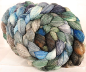 Batt in a Braid #36 -Stormy Seas ( 5.2 oz) - Sw BFL / BFL / tussah Silk ( 40/40/20 )