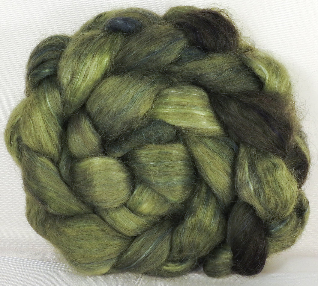 Wensleydale/ mulberry silk roving ( 65/35) - Lichen - (5.4 oz.)