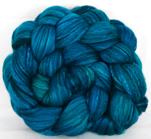 Batt in a Braid #7 -Cobalt-(5.3 oz.)Polwarth/ Manx / Mulberry silk/ Firestar (30/30/30/10) - Inglenook Fibers