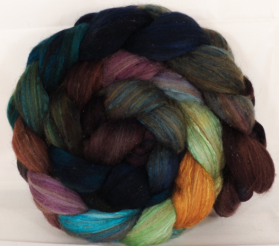 Batt in a Braid #7 -Selkie-(6.3 oz.)Polwarth/ Manx / Mulberry silk/ Firestar (30/30/30/10) - Inglenook Fibers