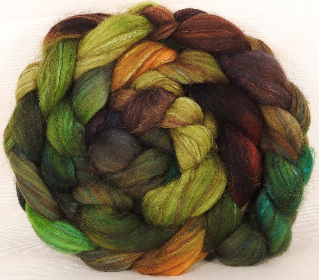 Hand dyed top for spinning -Mossy- 18.5 mic merino/ camel/ brown alpaca/ mulberry silk/ (40/20/20/20) - Inglenook Fibers