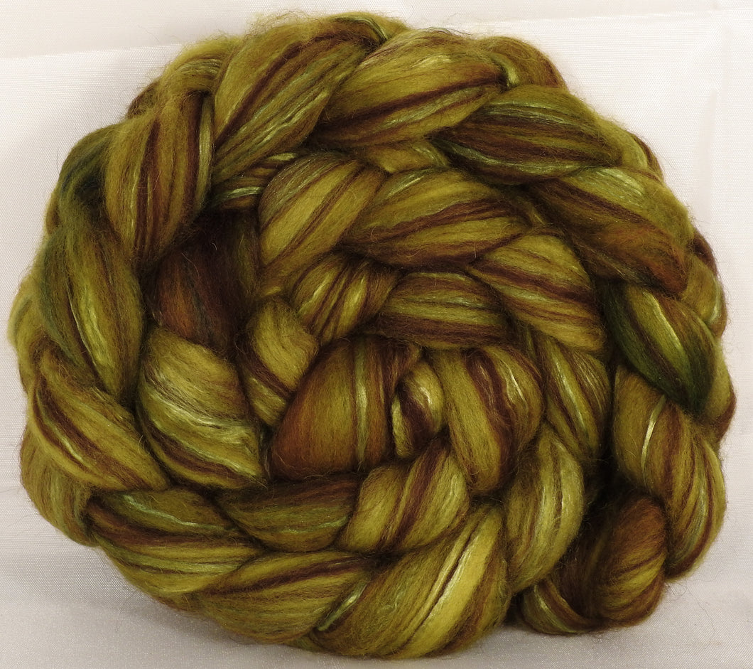 Hand dyed top for spinning - Asparagus - (5.2 oz.) 18.5 mic merino/ camel/ brown alpaca/ mulberry silk/ (40/20/20/20) - Inglenook Fibers