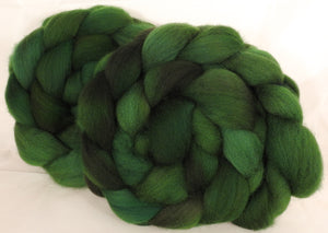 Falkland top for spinning -Christmas Green - 5.4 oz. - Inglenook Fibers