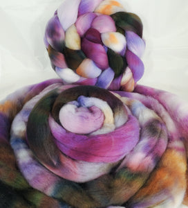 Hand dyed top for spinning -Wisteria- (5.2 oz.) Organic polwarth