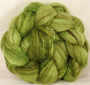 Batt in a Braid #7 - Sour Apple -(5.3 oz.) Polwarth/ Manx / Mulberry silk/ Firestar (30/30/30/10) - Inglenook Fibers