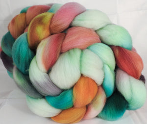 Hand dyed top for spinning -Land of Nod-(5.3 oz.) Organic polwarth