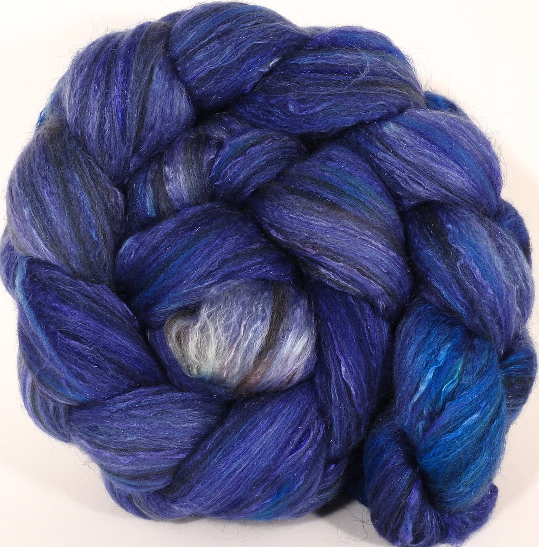 Batt in a Braid #7 -Hydrangea-(6.3 oz.) Polwarth/ Manx / Mulberry silk/ Firestar (30/30/30/10) - Inglenook Fibers