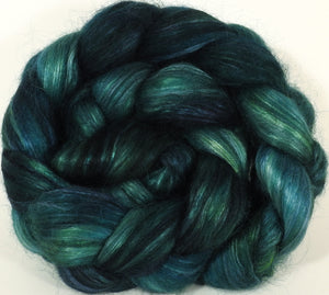 Hand-dyed Wensleydale/ mulberry silk roving ( 65/35) -Pine Needle- ( 5.8 oz.) - Inglenook Fibers