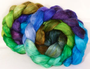 Hand-dyed wensleydale/ mulberry silk roving ( 65/35) -Water Pixie- ( 4.8 oz.)