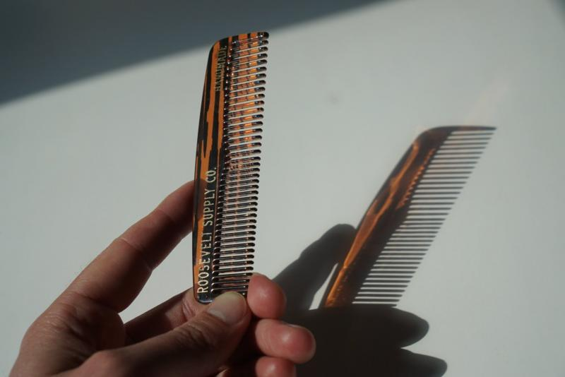 POCKET BEARD COMB