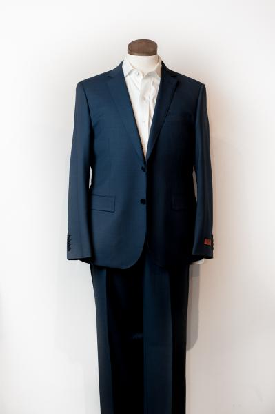BARONI NAVY SHARKSKIN SUIT - PRIVE