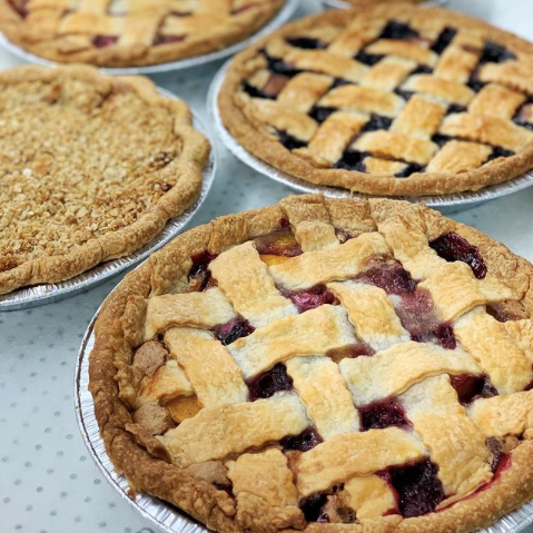 Perth Pie Co, Sweet and Savoury pies In Perth Ontario near Ottawa, Where to buy pies for pi day in the Ottawa area, fruit and meal pies