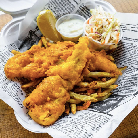 Pelican Seafood Market and Grill in Ottawa, Delicious Fish n' Chips in Ottawa, battered or panko crusted fish, Ottawa's best seafood