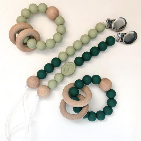 Love Teefies, teething toys made with silicone and wood, wooden toys in Canada, Canadian made pacifiers rattles and teethers, swaddle blankets and toys for babies, baby accessories made in Canada
