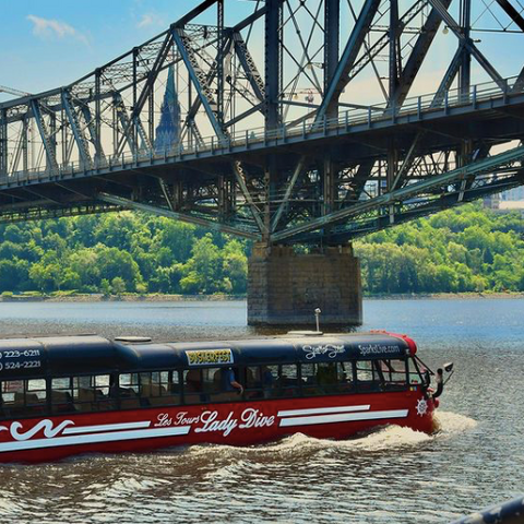 Lady Dive Tours Ottawa, downtown bus and Ottawa river boat tours, Ontario's only Amphibus, what to do as a tourist in Ottawa, Ottawa history and events, summer in Ottawa, what to do when visiting Ottawa Ontario
