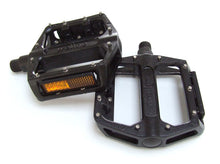 Load image into Gallery viewer, Wellgo B087U - Flat / Platform Mountain Bike Pedals - Black