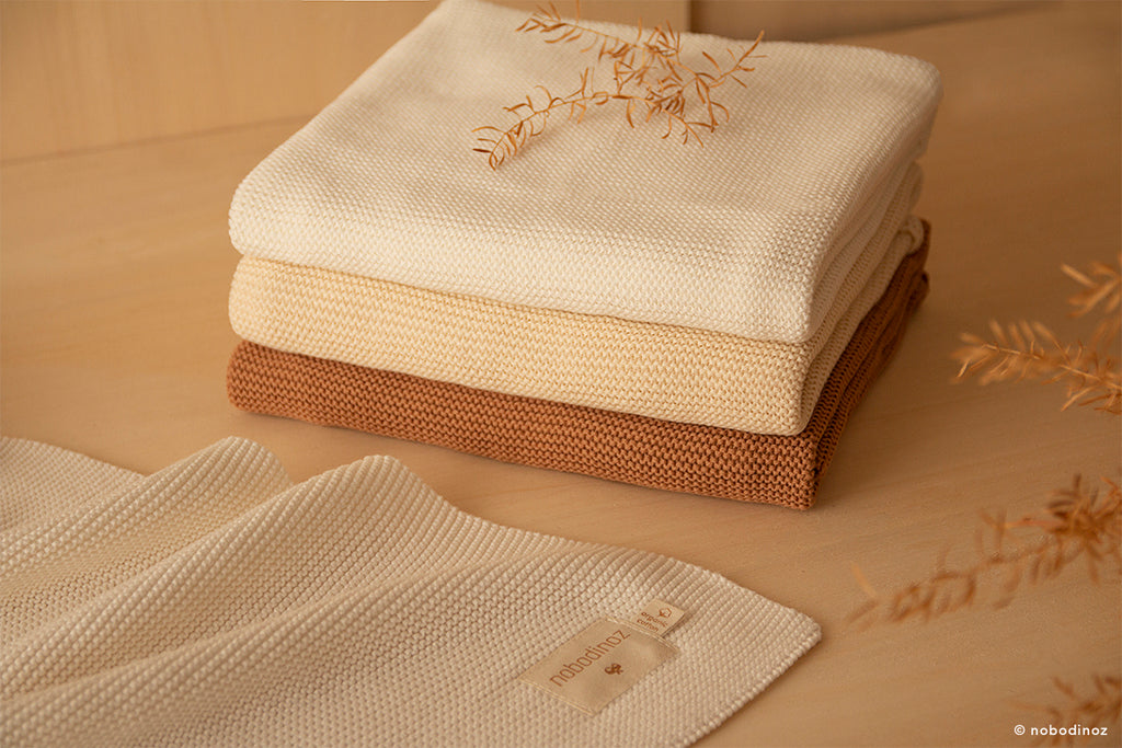 NOBODINOZ - Couverture So Natural en tricot / Natural